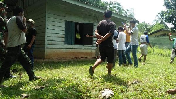 Keluhkan Sakit Lambung, Sehari Kemudian Petani di Rohil Ditemukan Membusuk di Rumahnya