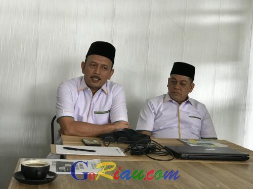 Hamulian-Topan Janji Benahi Islamic Center yang Terbengkalai Hingga Sekolahkan Anak-anak Masjid Suluk