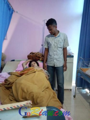 Cerita Ayang yang Tertahan di Rumah Sakit Karena Tak Mampu Bayar Biaya Operasi Melahirkan, Untuk Popok Anak Mesti Minta-minta ke Pasien Lain