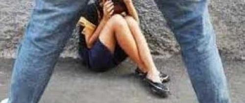 Dipergoki Mesum Bareng Pacar, Gadis Malah Diperkosa 3 Pria di Gubuk Kosong