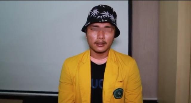 Rektor: Perusak Mobil Polisi Saat Demo, Bukan Mahasiswa Unilak