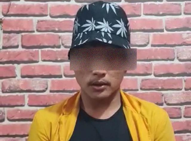 Rusak Mobil Dinas Ditlantas Polda Riau Saat Demo, Pria Mengenakan Almamater Unilak Diamankan Polisi