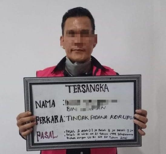 Jadi Tersangka, Kadis ESDM Riau Langsung Ditahan Kejari Kuansing