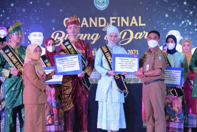 Rozand dan Wendy Bujang Dara Bengkalis 2021