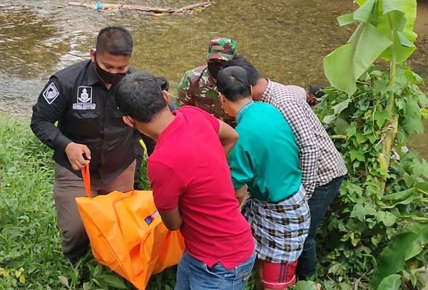 Diduga Frustasi Ditinggal Istri, Pria di Rohul Ditemukan Hanyut di Sungai Kaiti