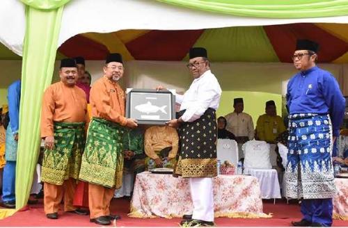 Pawai MTQ Riau, Kafilah Bengkalis Tampil Percaya Diri