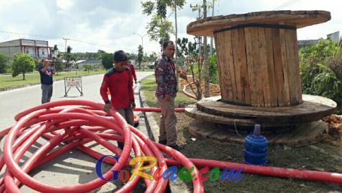 Merusak Trotoar Jalan, Proyek Galian Kabel PLN di Pangkalan Ternyata Belum Kantongi Izin