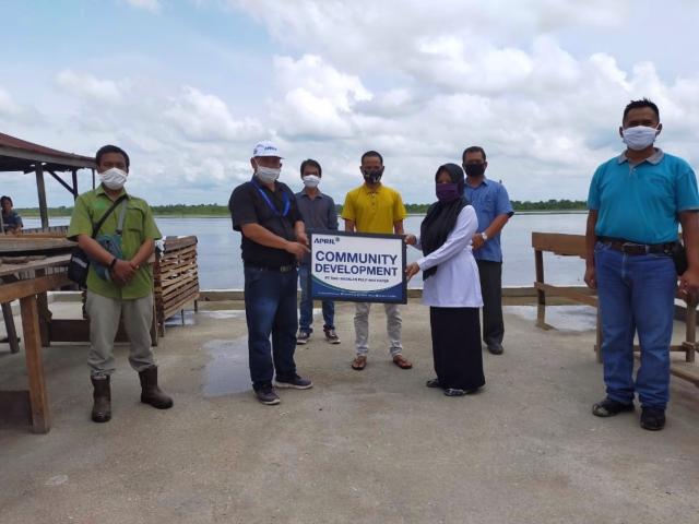 Bantuan Lapak Ikan untuk Tingkatkan Perekonomian di Teluk Meranti