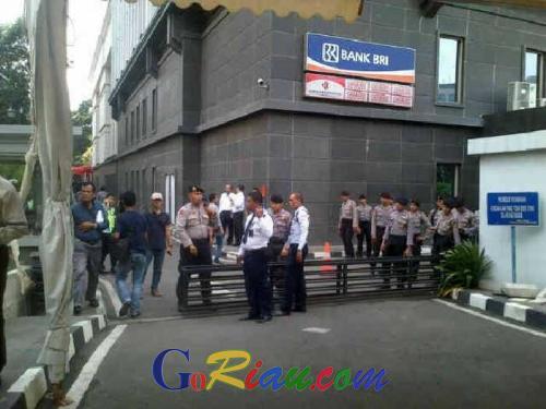 Bom Meledak di Sarinah Jakarta, Penjagaan Gedung MK Diperketat
