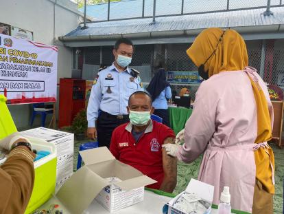 250 Warga Binaan Lapas Telukkuantan Jalani Vaksinasi