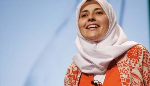 Sarah Joseph, Jadi Mualaf Saat Remaja karena Terkesan Melihat Sujud dalam Shalat