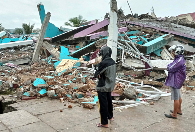 RS di Mamuju Hancur Diguncang Gempa, Sejumlah Perawat dan Pasien Tertimbun