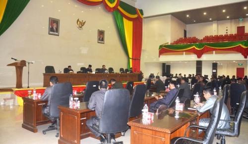 Gelar Paripurna ke-4, Pansus II DPRD Inhil Sampaikan Hasil Pembahasan 6 Buah Ranperda