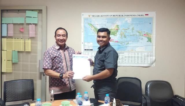 Muhammad Andri Terima SK Pengurus Karang Taruna Riau