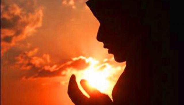 Tersentuh Ayat Alquran yang Dilantunkan Ibu Temannya, Maryam Memutuskan Bersyahadat