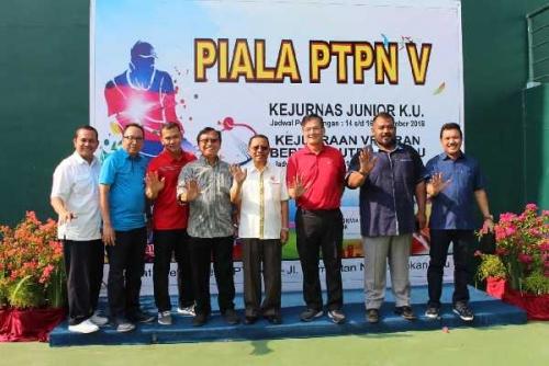 Dukung Pembinaan, PTPN V Gelar Kejuaraan Tenis Junior