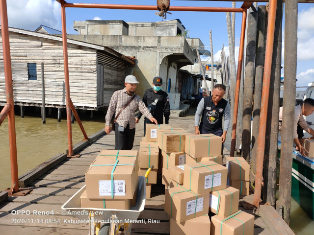 Sebanyak 144.892 Lembar Surat Suara Telah Tiba di Kepulauan Meranti, 2.000 Lembar Disiapkan untuk PSU