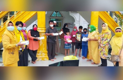 Golkar Riau Gelar Ramadhan Berbagi, Syamsuar Sampaikan Salam Sehat ke Masyarakat