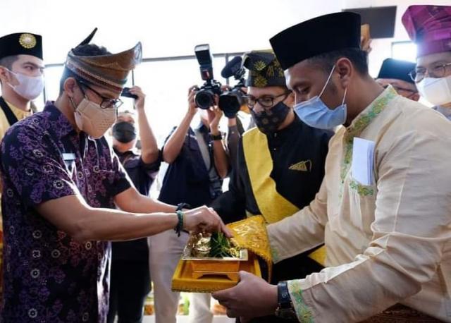 Tepak Sirih Sudah Diterima, Insya Allah Bang Menteri akan Datang ke Pelalawan