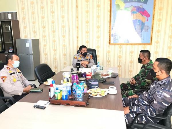 Tingkatkan Sinergitas TNI-Polri, Danramil dan Danposal Berkunjung ke Mapolres Meranti