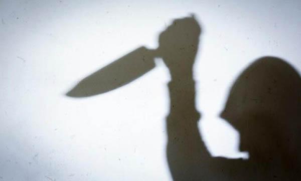 Sedang Asyik Ngobrol Sepulang Kerja, Pegawai Kedai Kopi di Pekanbaru Ditikam Teman Sendiri