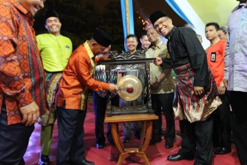 Pekan Seni dan Budaya Riau Kompleks 2015, Sesuku Kita Seasal, Senenek Kita Semoyang