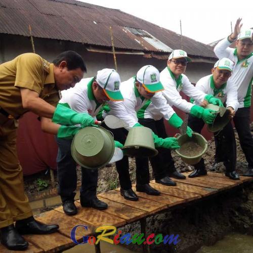 Resmikan Pembangunan Kantor DPC PKB Inhil, Muhaimin Iskandar Mengaku Bangga Tempatnya Terletak di Tengah Pemukiman Penduduk