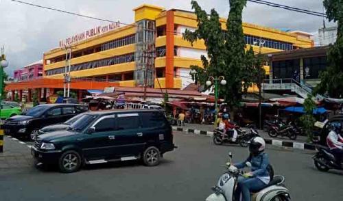17 Pedagang Terinfeksi Corona, Pasar Raya Padang Ditutup 5 Hari