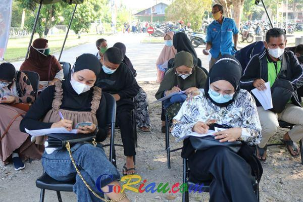 Antusias Masyarakat Mengikuti Program Vaksinasi di Lanud Roesmin Nurjadin Pekanbaru Sangat Tinggi