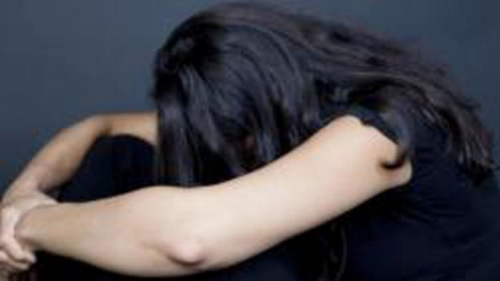 Pingsan Usai Disuntikkan Vitamin C, Wanita Muda Digauli Pria Baru Dikenalnya di Rumah Kakak Pelaku