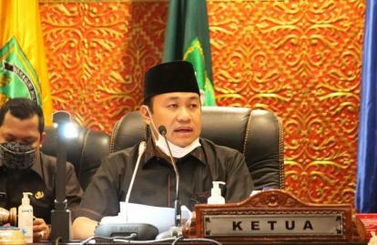 Gara-gara Ada Oknum, Warga Riau Kesulitan Cari Solar, Ketua DPRD Riau Minta Sanksi Tegas