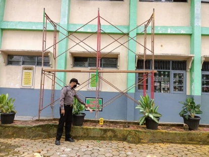 Diduga Curi Besi Scaffolding di SDN 132 Pekanbaru, Maling Tewas Dihajar Massa