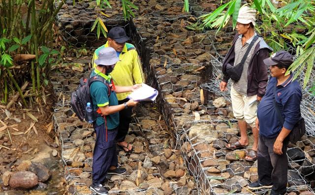 BPDASHL Indragiri Rokan Libatkan Masyarakat Bangun Konservasi Tanah dan Air