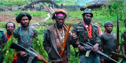 Dua Prajurit TNI Gugur Ditembak Kelompok Bersenjata di Papua
