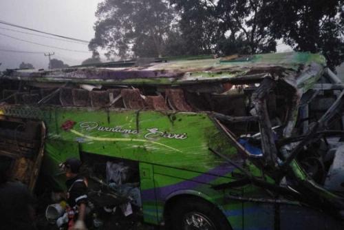 Bus Pariwisata Terguling, 8 Penumpang Tewas dan 30 Luka-luka, Ini Identitas Korban