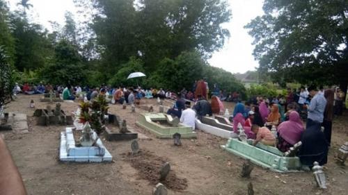 Empat Jenazah Penyerang Polda Riau Dimakamkan, 1 di Bengkalis, 3 di Dumai