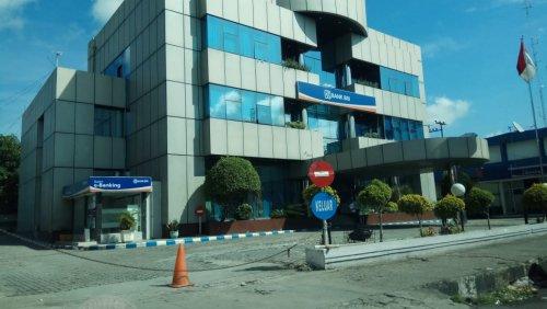 Tim Gugus Tugas Covid-19 Kota Pekanbaru Tracing Kontak Pegawai BRI KCP Sudirman