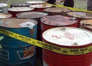 Angkut 5,6 Ton Minyak Tanah Pakai Mobil Boks, 3 Pengedar Mitan Ilegal Ditangkap