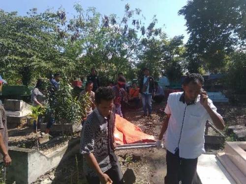 Polda Riau Bongkar Kuburan Jasad Korban Kapal Tenggelam di Perairan Selat Malaka