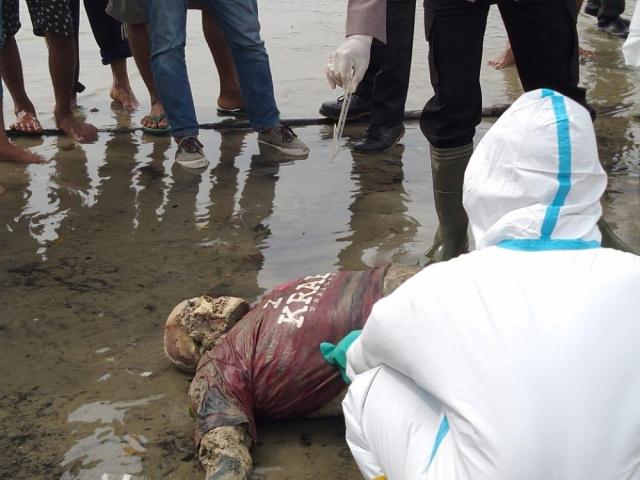 Warga Rupat Digegerkan Penemuan Mayat di Pantai
