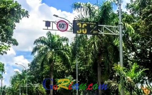 Ada Speedmeter di Jalan Sudirman Pekanbaru, Pengendara Jangan Cemas, Ini Kegunaannya