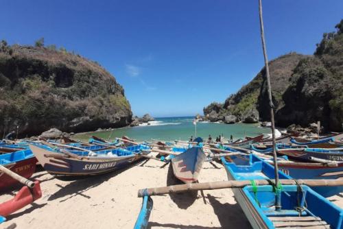 33 Nelayan Jalani Karantina di Tengah Laut 2 Pekan, Dibolehkan Tangkap Ikan