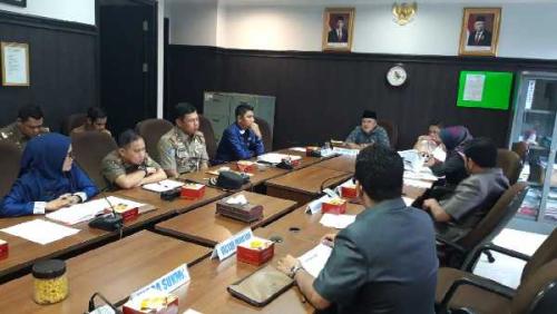 Tolak Ajakan ke Lapangan, Komisi I DPRD Pekanbaru Bersitegang dengan Kasatpol PP