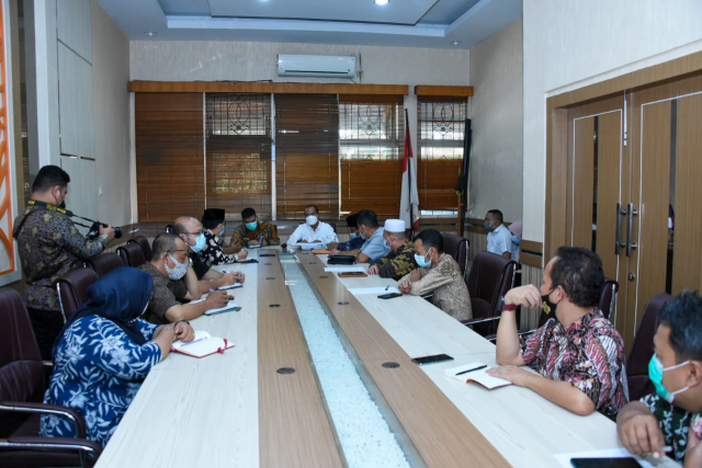 Finalisasi Ranperda RTRW dan RDTR, Pansus DPRD Bengkalis Konsultasi ke DLHK Riau