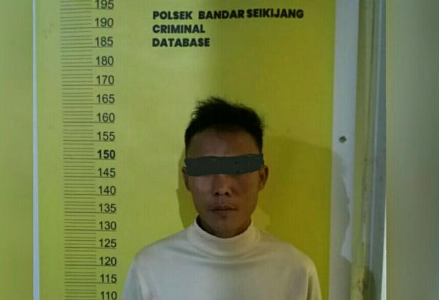 Sedang Nulis Togel, Karyawan PT PMBN di Bandar Sei Kijang Pelalawan Ditangkap