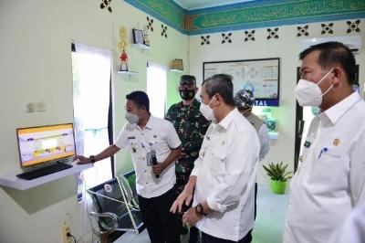 Gubernur Riau Pastikan Masyarakat yang Isoman di Rumah Tetap Dapat Bantuan Obat