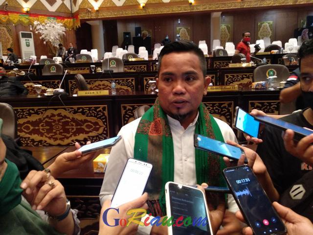 Megawati Tunjuk Poti Jadi Wakil Ketua DPRD Riau, PDIP Langsung Teruskan Surat ke DPRD Riau