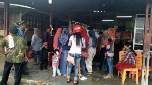 Sudah Diingatkan Berkali-kali, 80 Pedagang Kaki Lima di Kawasan Turap Siak Akhirnya Ditertibkan Satpol PP