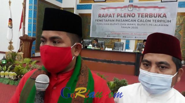 Ditetapkan Jadi Pemenang Pilkada Pelalawan, Zukri-Nasarudin Minta Didoakan Jadi Pemimpin Amanah