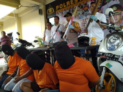 Diduga Tikam Tiga Personil Polda Riau, Empat Anggota Geng Motor Diringkus